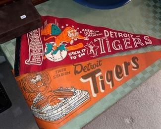 DETROIT TIGERS PENNANTS