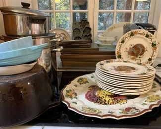Sovereign Potters Earthen Dinnerware with Turkey, Kitchenware, Pots and Pans