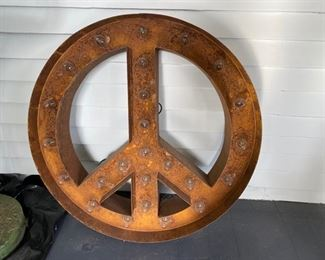 Iron peace sign
