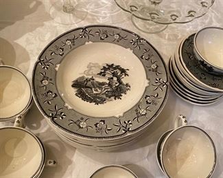 Villeroy & Boch bowls and cups & saucers
