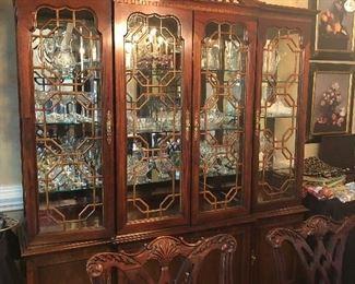 Thomasville china cabinet