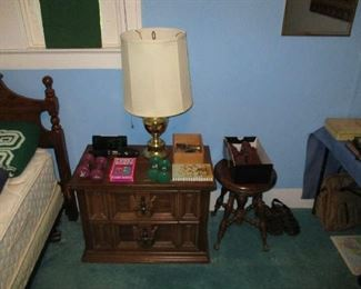 Nightstand, lamp and household items