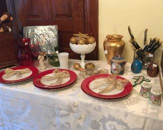 Decorative Items for the Holidays !