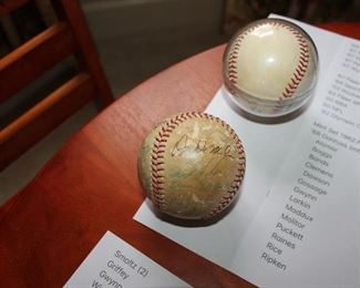 ONLINE AUCTION ITEM #40 - Baseball Collection: Thousands of cards - Brooks Robinson and 1974 Montreal Expos signed baseballs - Pete Rose items, and more!!!