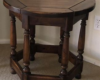 Octagon Thomasville End Table