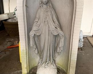 Nice old concrete Blessed Mother 4 inches tall