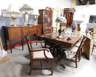 1920's Elk Furniture Cherry 9 pc dining room set Table with built-in leaf 6 chairs, buffet & china cabinet