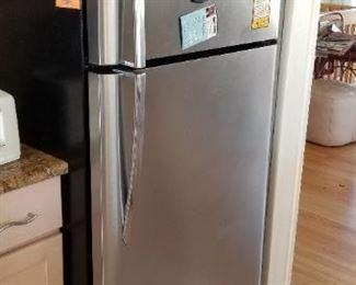 Frigidaire Gallery stainless steel fridge manufactured 2/2010
