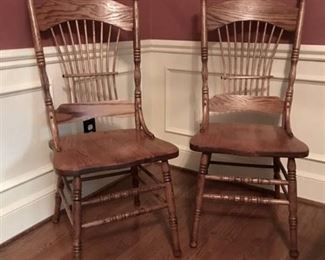 Beautiful set of 2 Solid Oak wood dining chairs