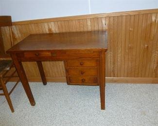 Neat small desk