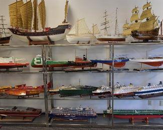 ocean liner ship model