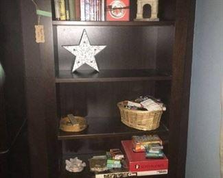 Dania bookcase
