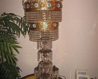Waterfall table lamp