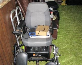 Shoprider Mobility Scooter & Power Chair  -- Been sitting in home only used a few times !!  Complete with charger