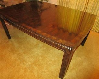 High End Vintage Mastercraft Burl Wood Dining Table with two leafs