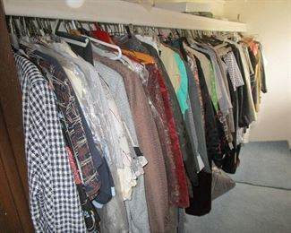 3 large closets of nice women's and men's cloths and shoes