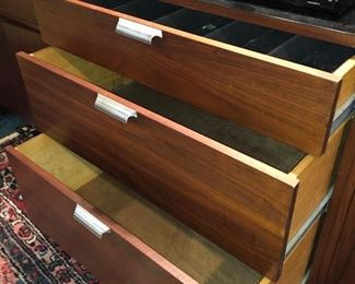Drawers & tambor doors