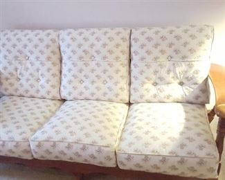 Vintage Cushman Colonial collection couch paddle arms