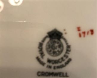 Royal Worchester Cromwell - china made in England