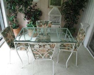 Woodard patio table and chairs