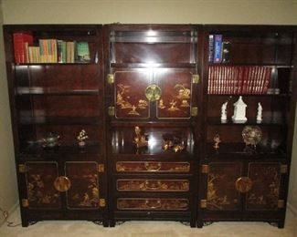 Wonderful three-piece Oriental High lacquer bookcase Center by white furniture company