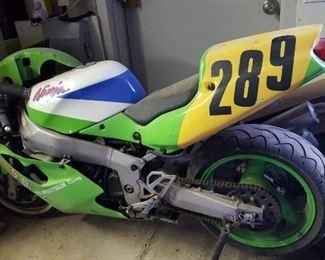 93 Kawasaki 750cc track bike