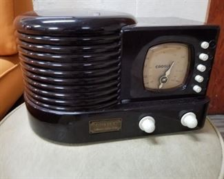 Crosley reproduction radio