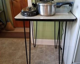 Hairpin leg formica top table