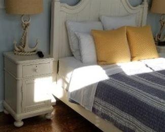 Bassett bedroom set includes dresser with mirror, bed & two nightstands