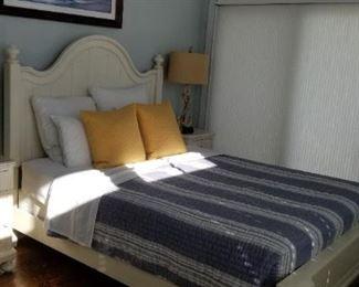 Basset bedroom set