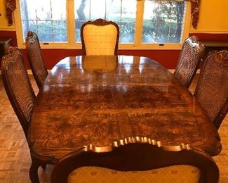 """Henredon Burled Wood Fine Dining room table 77"""" x 46""""2 extensions 23"""" each Total dining space 123"""" Great for large families, 2 King Chairs and 4 side chairs"""