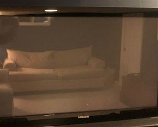 Flat Screen TV (Selling 2)