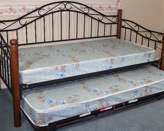 Black Wrought Iron Wood Post Daybed with Trundle