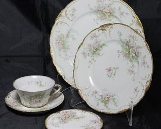 Theodore Haviland Limoges  France Memphis Queensware Company; 6 dinner plates, 1 luncheon plate, 6 salad plates, 6 cups and saucers, 3 Demitasse saucers