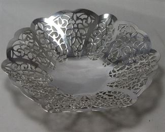"International Silver Company ""Lovelace"" Footed bonbon Bowl"