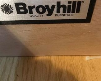 Broyhill  -  2 drawer table