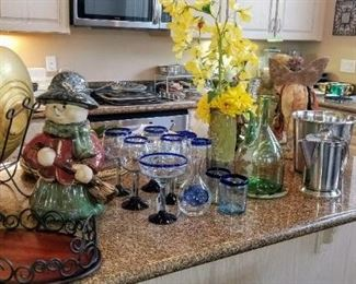 Decor and Kitchen Items