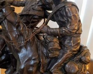 Detailed Pictures of the Frederic Remington Statue