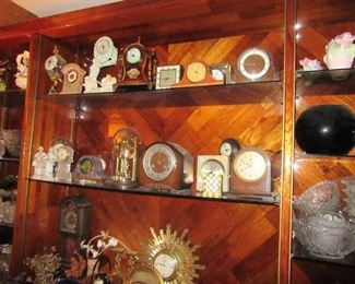 Elizabeth clock collection