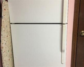 GE Refrigerator/Freezer