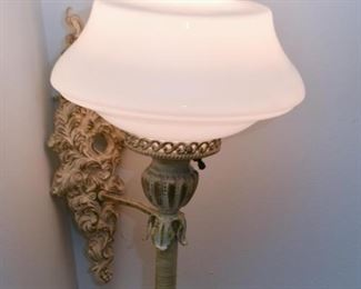 Wall Sconce (Plug-In)