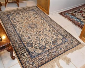"""Persian Nain Carpet / Rug (approx. 4'1"""" x 5'10"""")"""