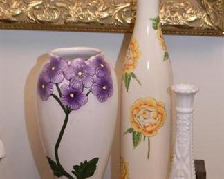 Vases & Figurines