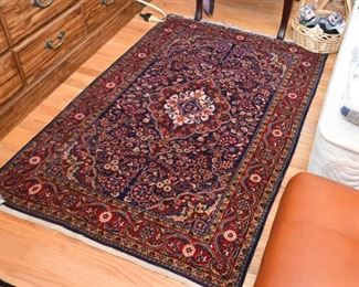 "Persian Kashan Carpet / Rug (approx. 5'4"" x 3'5"")"