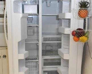 Side-by-Side Refrigerator Freezer