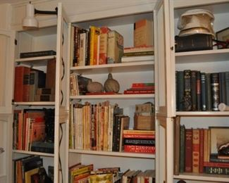 Just one area of all the books available!  Antique vintage and new, art, birds, children's, cookbooks, decorating, gardening, genealogy, larger coffee table size, medical, music, novels, reference, school yearbooks, travel