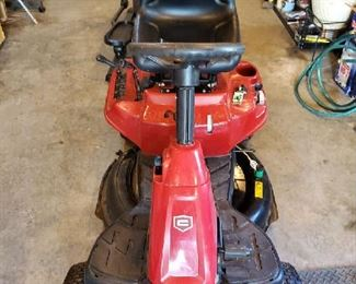 "Craftsman 30"" R1000 Riding Lawnmower"