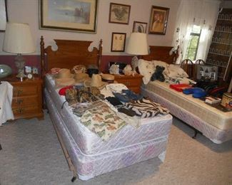 Pair of Twin Beds and Pair of Oak Night Stands