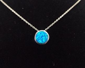 .925 Sterling Silver Inlayed Opal Pendant Necklace