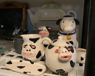 vintage cow kitchen accessories